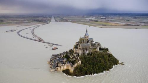le-mont-saint-michel-et-saint-malo-vus-du-ciel_0 philippe cherel quest france