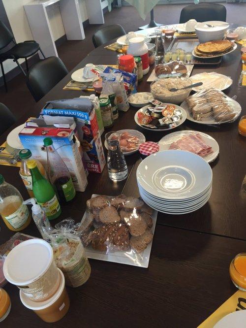 Team Cofidis ontbijt muhaha